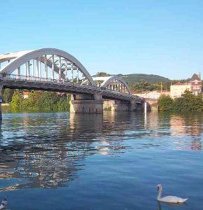 Pont de Neuville sur Saône - photo de Patrick Huet