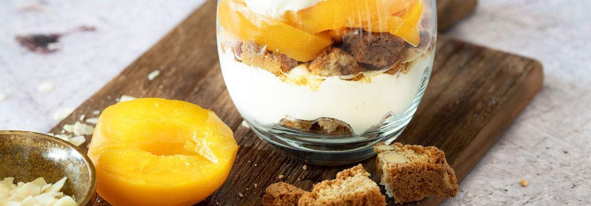 Pfirsisch Dessert im Glas