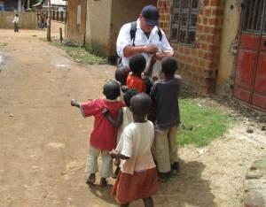 Children-of-Uganda-with-Albert