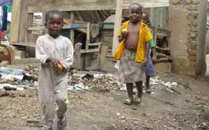 jinja-slums-children