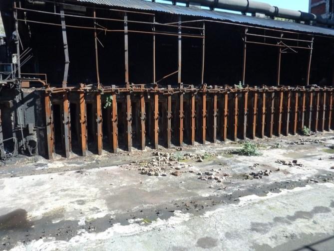 La batería de hornos de coque de PROFUSA en pleno desmantelamiento en una foto del día 20 de febrero de 2016. AVPIOP