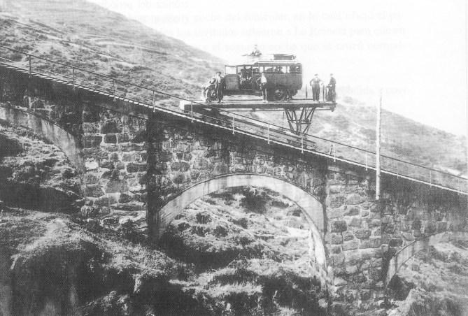 La plataforma horizontal del funicular en 1926 (Foto: Museo Vasco del Ferrocarril de Azpeitia)