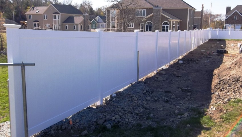 Pvc Fence Vs Vinyl Fence Patriot Fence Crafters Boston Ma