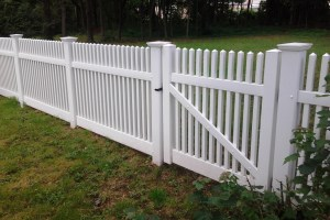Selecting A Front Yard Fence