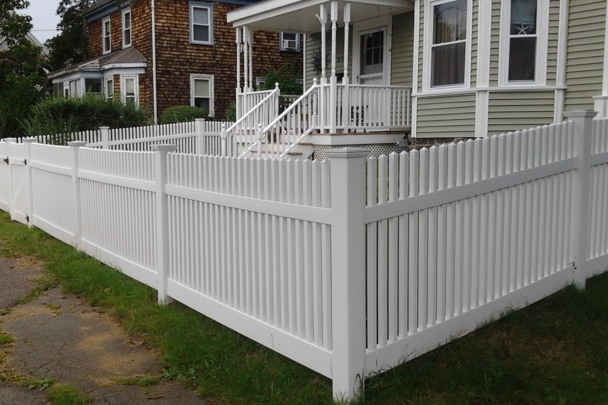 Selecting A Front Yard Fence Patriot Fence Crafters