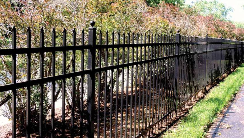 Aluminum Fence Benefits - Patriot Fence Crafters