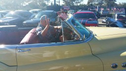 53_Buick_Convertible_Leaving
