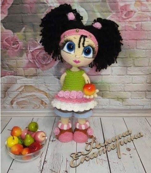 Muñeca amigurumi pequeña Hada
