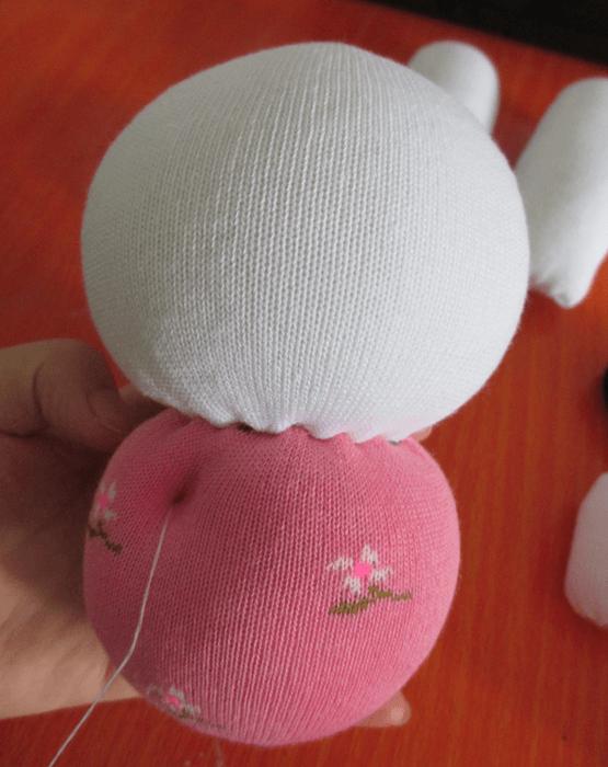 conejo con calcetines 4