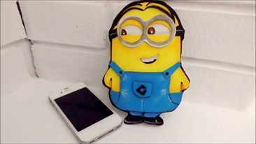 Funda de movil minion