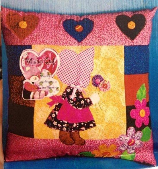 cojin niña country patchwork