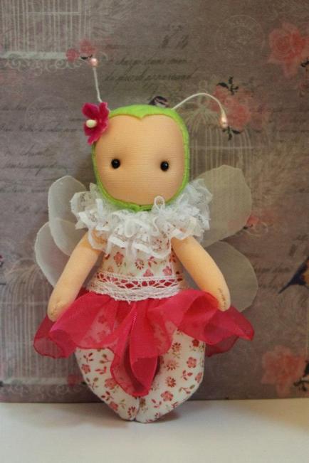 libelula fidelina muñeca