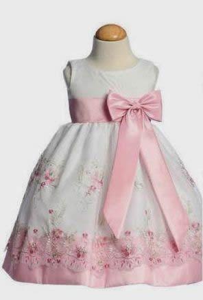 e80944aff Patrón de vestido de niña - Patrones gratis