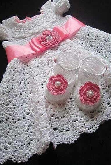 Patrones gráficos de vestidos para bebés en crochet - Patrones gratis