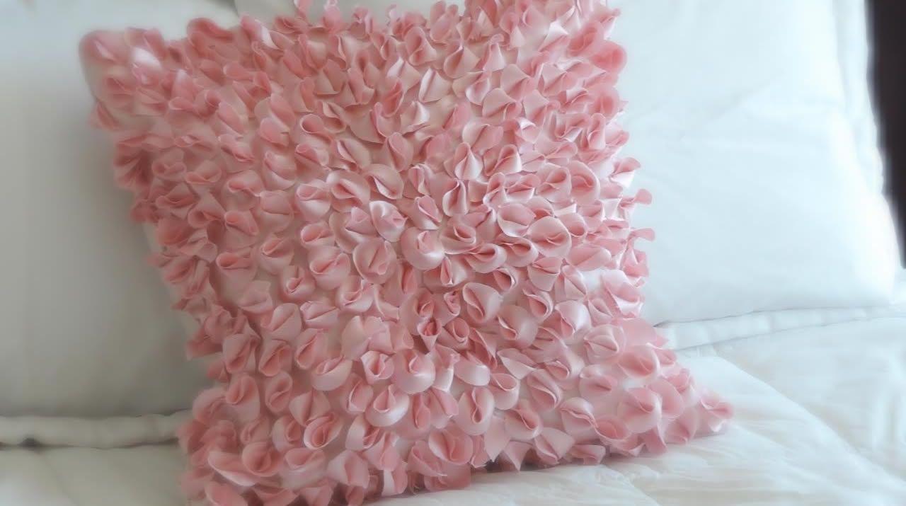 Como hacer cojines decorativos patrones gratis - Como hacer un cabecero de tela ...