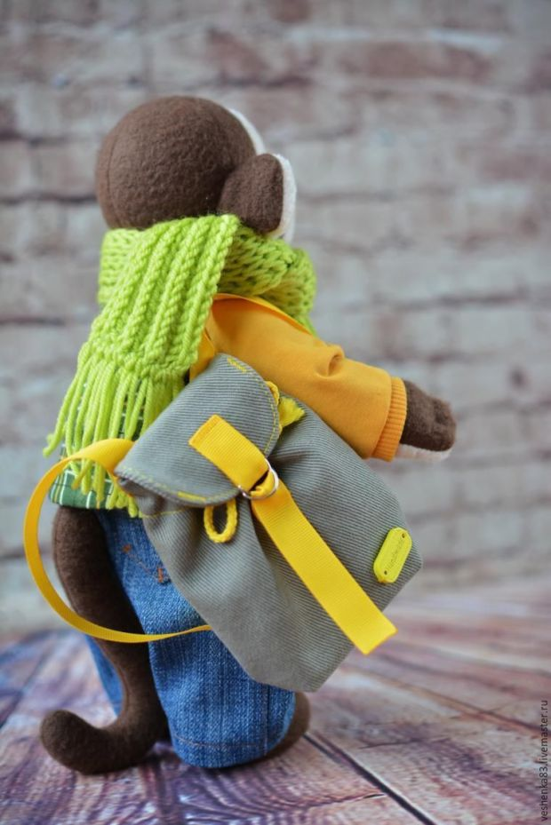mochila para muñecos 21