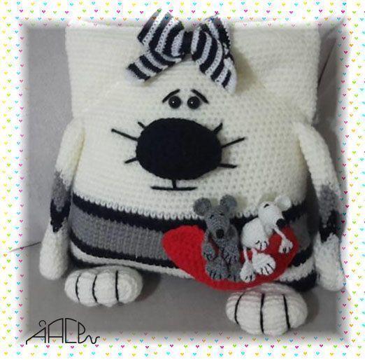 Patrón de cojines gatos y ratones en amigurumi - Patrones gratis