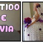 Vestido de novia a crochet para muñecas