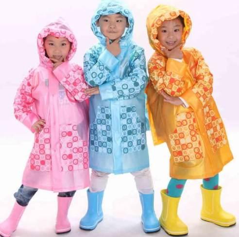 9bc8fc645 Chubasquero infantil para la lluvia - Patrones gratis