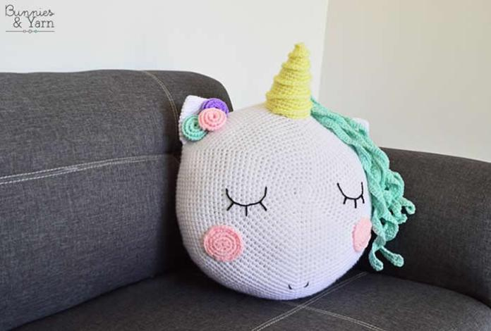 DIY como hacer un cojín unicornio a crochet