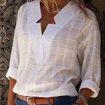 Blusa con escote V y cuello invertido