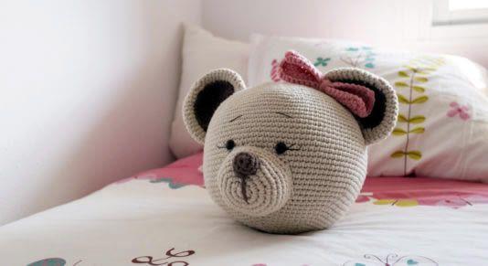 Cojín de cama Osito a crochet con patrón