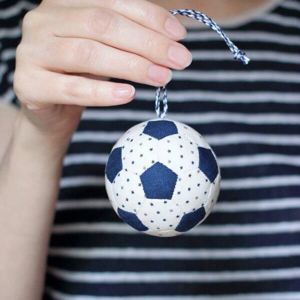 Balón de fútbol patchwork paso a paso