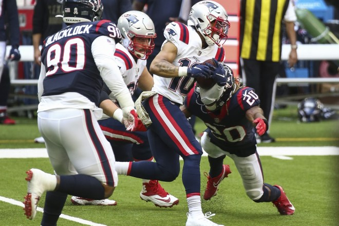 PHOTO: Damiere Byrd Has Breakout Performance vs Texans, Continues To Carve Out Key Role In Offense