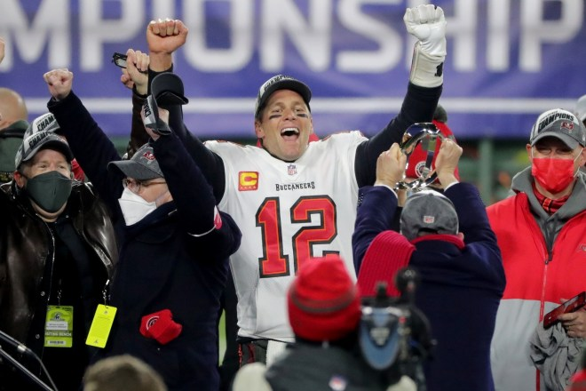 Best Of Social Media: Tom Brady's Former Teammates React To His Tenth Super Bowl Appearance