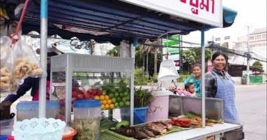 Pattaya Street Food Vendors in Jomtien Beach
