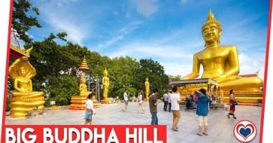 Gargantuan Buddha Hill Pattaya Thailand Vacationer Attractions