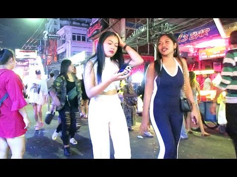 Walking Boulevard Pattaya Nightlife