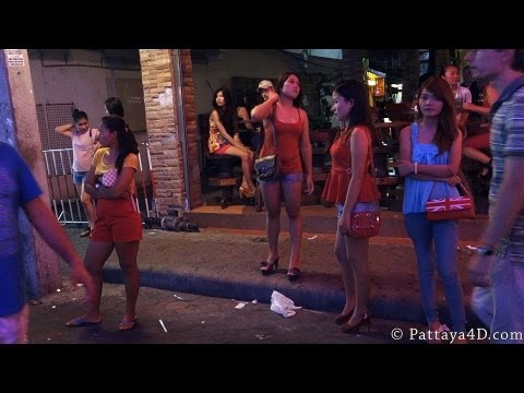 Pattaya 2013 Strolling Avenue Nightlife, Section 2