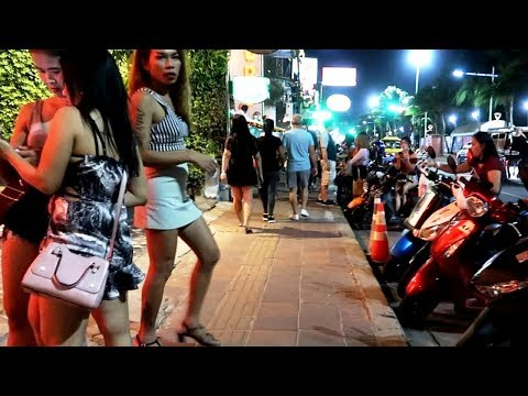 Sea breeze Avenue on the Evening Time – Pattaya Freelancers