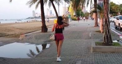 Day Stroll thru Soi 7 in Pattaya