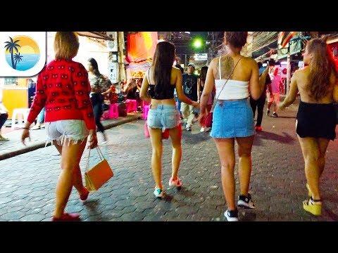 Walking Toll road Females (4K) Pattaya Nightlife