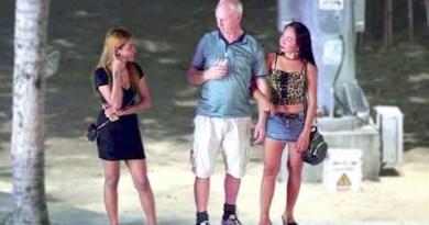 Pattaya Seaside Boulevard – Warmth Summer season Night time – Vlog 140