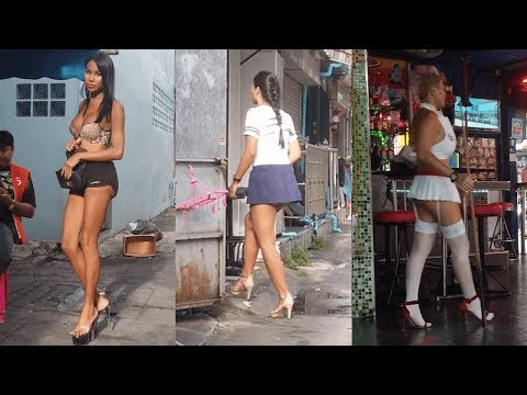 Gliding Through Pattaya's Streets – Soi 6/1 (4K)