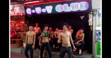 Boystown Strolling Avenue Pattaya  bars, clubs,  accommodations and more ..