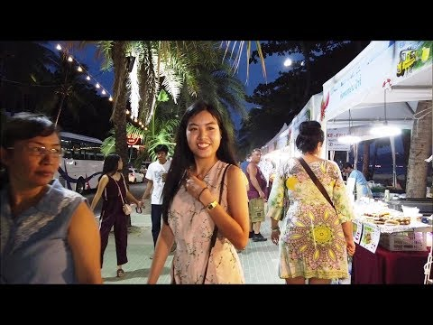 Hungry Girls at Pattaya Seafood Festival 2019