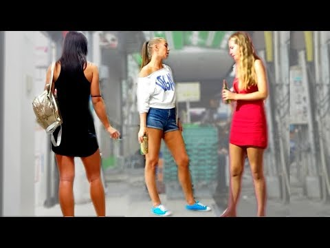 Russian Ladies on Strolling Facet road – Pattaya Thailand 2019