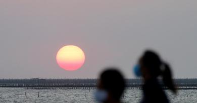 Thailand reviews 15 new coronavirus cases, no new deaths