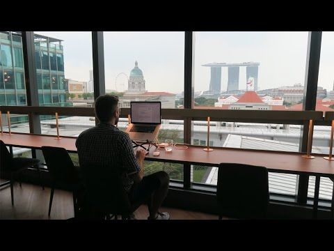 COWORKING WITH A VIEW (SINGAPORE) | DIGITAL NOMAD VLOG 19