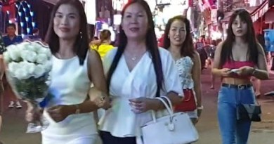 PATTAYA walking avenue attration
