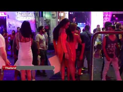 "Ladyboys ""Strolling Avenue"" Pattaya (MT) Thailand MMXX"