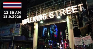 Pattaya Strolling Boulevard After Midnight 15.9.2020 Very Empty Annoying Times Forward No Tourists No Potentialities