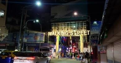 LIVE! Pattaya Seaside WALKING STREET Tour 2020 🇹🇭 Thailand