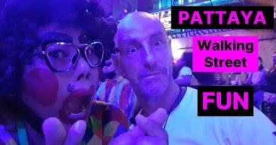 Pattaya strolling avenue nightlife, Sept 2020