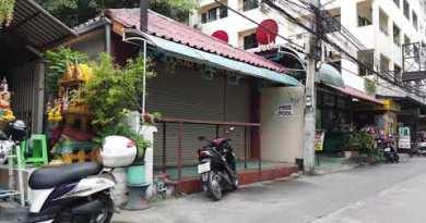 (11:00 AM) October 11, Walking along Soi Buakhao l Pattaya Thailand
