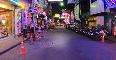 Strolling Boulevard Pattaya 9pm 23/12/20 + Soi Buakhao Night time Race..